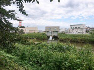 綾瀬川の水門
