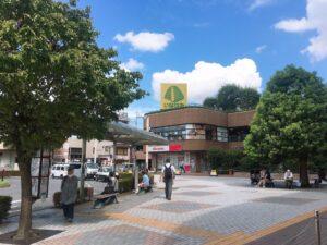 谷塚駅東口駅前